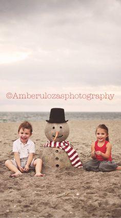 ©amberulozasphotography 2015 holiday mini Beach sand snowman holiday minis Merry Christmas photoshoots Amber Ulozas