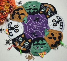"""Halloween """"Trick or Treat """" Wool Applique Penny Rug Candle Mat Pattern"""
