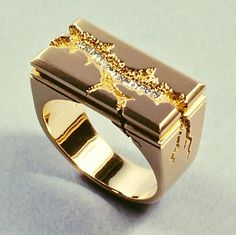 Kim Eric Lilot- Seismic Architectural ring, 14kt gold, diamonds.