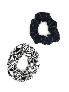 Each scrunchie set comes in a pair of two. One black and white geometric pattern and one navy and white stripe pattern. Scrunchies are perfect when you don't actually want to do your hair, but you have to leave the house. Basically the hat of pony tails. Vegan Fashion, Slow Fashion, Sustainable Clothing, Sustainable Fashion, Ethical Fashion Brands, Vegan Shoes, Fall Collections, Scrunchies, Navy And White