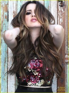 Laura Marano Curates New Prom Collection With Sherri Hill (Exclusive Pics): Photo #873796. How glamorous does Laura Marano look in these new pics for the Sherri Hill Spring 2016 collection?! The 19-year-old singer and actress curated a new capsule collection…