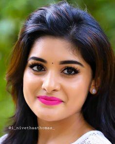 Beautiful Girl Photo, Beautiful Lips, Beautiful Indian Actress, Beautiful Actresses, India Beauty, Asian Beauty, Hd Photos, Girl Photos, Kirthi Suresh