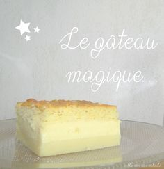The wonderful recipe for the magic cake . layers of pure happiness!) - Allo Maman Dodo - The wonderful recipe for the magic cake … layers of pure happiness! Thermomix Desserts, Köstliche Desserts, Sweet Recipes, Cake Recipes, Dessert Recipes, Cooking Chef, Cooking Recipes, Coco, Food And Drink