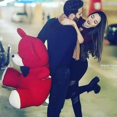 But I want 👆teddy. Love Couple Images, Cute Couples Photos, Cute Love Couple, Cute Girl Pic, Cute Girl Poses, Cute Couple Pictures, Girl Photo Poses, Romantic Couple Dp, Beautiful Couple