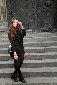 8a3db7280  VestidoNegro - Las mejores blogger siguen compartiendo looks MotuFashion.  Hoy mrsbluejeans.blogspot.com comparte su vestido asimétrico!