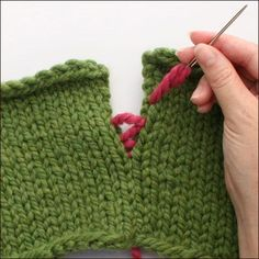 A helpful article on how to seam knitted pieces together, covering different techniques