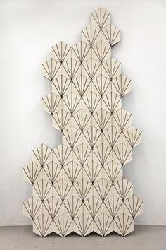 Dandelion - bone/hazelnut Marrakesh design