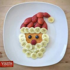 Cute holiday breakfast idea for the kids. - marianne moog - Cute holiday breakfast idea for the kids. Cute holiday breakfast idea for the kids. Christmas Pancakes, Christmas Snacks, Xmas Food, Christmas Breakfast, Christmas Appetizers, Christmas Cooking, Breakfast For Kids, Holiday Treats, Breakfast Ideas