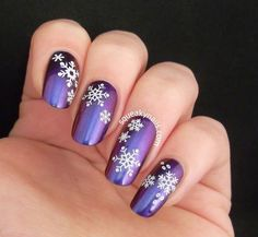 Dainty Snowflake Decals #puruple #xmasnails #holidaymani - bellashoot.com