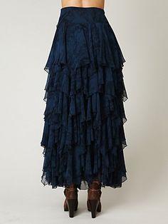 Ruffled Skirt from Freepeople. Fashion Wear, Modest Fashion, Skirt Fashion, Fashion Outfits, Modest Skirts, Cute Skirts, Modest Outfits, Diy Dress, Lace Dress
