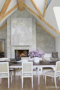 Simple & chic LA home designed by @Windsor Smith.