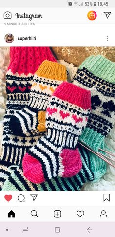 Lasten sukat Woolen Socks, Instagram 9, Marimekko, Mittens, Stuff To Do, Blanket, Knitting, Crochet, Diy