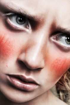 Révolte for Bast-Magazine Photography by Polina Vinogradova Hair and make-up by Sara Johnsen-Zaavi