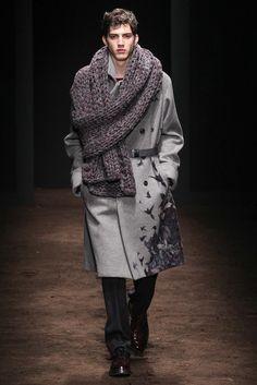 Salvatore Ferragamo - Fall 2015 Menswear - Gotta give him cresit for the fierce combination of the coat involving the scarf.