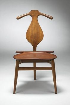 scandinaviancollectors:  Hans J. Wegner, Valet chair. Source: Wright20.com
