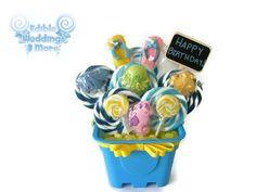 Beach Lollipop Arrangement Candy Arrangement by EdibleWeddings
