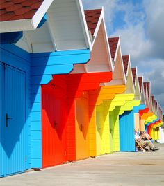I think these are the Scarborough beach huts - vibrant and colourful Scarborough Beach, Beach Cabana, Beach Shack, Over The Rainbow, Color Of Life, Coastal Living, Rainbow Colors, Bunt, Seaside