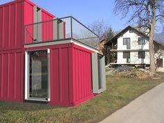 фото дом из бытовок