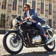 Cafe Racer Style Fashion Ideas For You Motorcycle Camping, Motorcycle Style, Bike Style, Moto Style, Camping Gear, Motorcycle Outfit, Triumph Cafe Racer, Cafe Racer Bikes, Cafe Racers