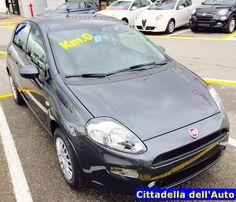 Fiat Grande Punto - 1.2 8V Street - adatta a neopatentati - clima/radio/fendinebbia - km 0 - colore Grigio Moda -immatricolata ottobre 2015. Da noi a soli €. 10.000 oltre a passaggio di proprietà.  12 Mesi di garanzia.  d.rondi@ghinzanigroup.it - 347/2925074 mvecchio5@gmail.com - 393/3885074...  www.cittadelladellauto.it