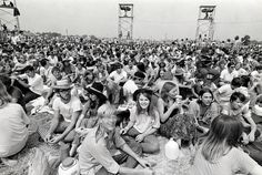 Never Before Seen Images Of Woodstock 1969 – Sharedable - Page 27