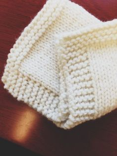 Simple Beginner Knit Project. And help understanding a knitting pattern