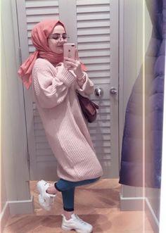 🖤lonerhijabi🖤 Hijab Elegante, Hijab Chic, Muslim Fashion, Modest Fashion, Fashion Outfits, Casual Hijab Outfit, Hijab Dress, Girl Hijab, Hijabi Girl