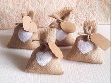 2015 nouvelle année un sac de bonbons de mariage avec bricolage kraft tag / sac de jute / toile de jute / rustique décorations de fête faveurs ( 10 x 14 cm )(China (Mainland))