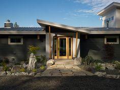 Artistic View of DIY Network Blog Cabin 2015 | DIY Network Blog Cabin Giveaway | DIY