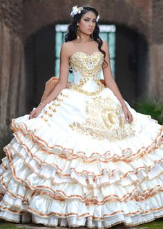 The Quinceanera Collection offers elegant quinceanera dresses,ragazza fashion and vestidos de quinceanera! These pretty quince dresses are perfect for your party! Mariachi Quinceanera Dress, Mexican Quinceanera Dresses, Mexican Dresses, Quinceanera Party, Quinceanera Decorations, Sweet 16 Dresses, 15 Dresses, Wedding Dresses, Prom Gowns