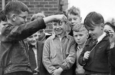 Great photograph of children playing conkers in the school playground. via Mail Online Conkers, Old London, South London, London Life, British History, The Good Old Days, Vintage Photographs, Kids Playing, Childhood Memories