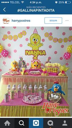 Pollito amarillito Girl Birthday, Happy Birthday, Chicken Crafts, Cheetahs, Birthday Decorations, Party Time, First Birthdays, Diy And Crafts, 1