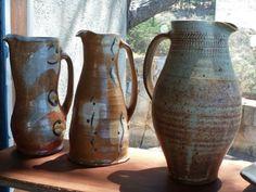 Jarrones de cerámica realizados en el curso de verano 2013 en el Centro de Arte Curaumilla.