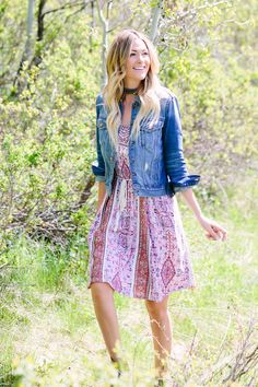 Summer Printed Dress - Dash of Darling - Caitlin Lindquist. Long Tight Prom Dresses, Pink Formal Dresses, Fitted Prom Dresses, Prom Dresses With Sleeves, Long Summer Dresses, Modest Dresses, Stylish Summer Outfits, Winter Outfits For Girls, Summer Dress Outfits