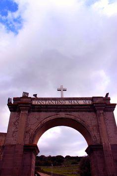 In hoc signo vinces. Presso Santu Antine, Sedilo.OR.
