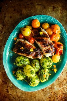 Hypoallergenic Pet Dog Food Items Diet Program Roast Cod And Cherry Tomatoes Heather Christo Entree Recipes, Fish Recipes, Meat Recipes, Seafood Recipes, Paleo Recipes, Dinner Recipes, Pescatarian Recipes, Roasted Cod, Just Cooking