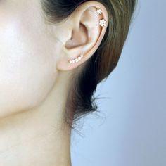 Helix Piercing Stud, Tragus Piercing Earrings, Upper Ear Piercing, Cute Ear Piercings, Ear Piercings Cartilage, Tongue Piercings, 18k Gold Earrings, Earrings Uk, Statement Earrings