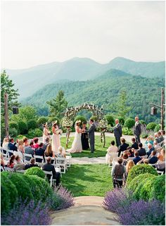 romantic mountain wedding at rockwood lodge at old edwards inn | planning by verge events | photography by lauren roseaneau
