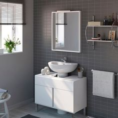 Muebles para lavabos con pedestal en blanco