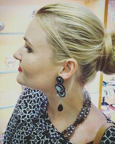 Guarda questo articolo nel mio negozio Etsy https://www.etsy.com/it/listing/515613494/elegant-soutache-studs-earrings-with