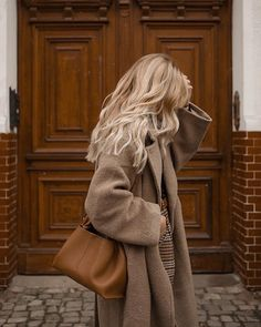 Autumn Winter Fashion, Fall Winter, Winter Style, Lee Ann, Oversized Coat, Fashion Outfits, Womens Fashion, Pretty Hairstyles, Comfy