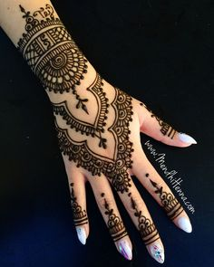 32 Best Ideas For Bridal Henna Wedding Mehndi Designs Henna Tattoo Designs, Henna Tattoos, Henna Mehndi, Mehndi Designs Finger, Paisley Tattoos, Henna Tattoo Hand, Wedding Mehndi Designs, Mehndi Designs For Fingers, Henna Designs Easy