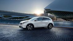 Noul Kia Niro Plug-in-Hibrid Kia Motors, Crossover, Romania, Vehicles, Goal, Nature, Audio Crossover, Cars, Vehicle