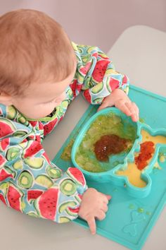 Grippo 2-in-1 Silicone Placemat and Plate in Kiwi Messy Play, Baby Led Weaning, Baby Safe, Baby Online, Happy Baby, Free Baby Stuff, Baby Essentials, Having A Baby, Fine Motor Skills