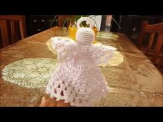 Angelo Siria ad uncinetto - YouTube Angelo, Crochet Christmas, Video, Youtube, Home Decor, Syria, Amigurumi, Homemade Home Decor, Crochet Christmas Cozy