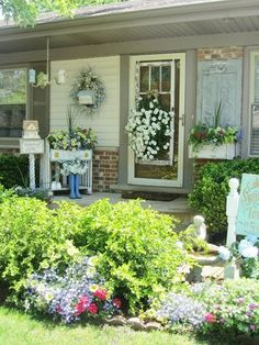 Junk Chic Cottage Comes To A Close