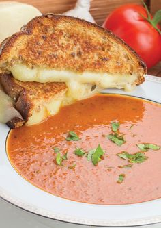If you love tomato soup youll love this homemade recipe. Tomato Mascarpone Soup is creamy rich in flavour and so easy to make! Best Soup Recipes, Chili Recipes, Lunch Recipes, Crockpot Recipes, Dinner Recipes, Favorite Recipes, Sandwich Recipes, Potato Recipes, Casserole Recipes