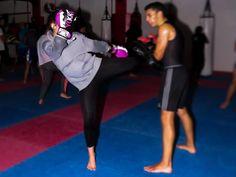 "9 Gostos, 0 Comentários - Cátia Fernandes (@sofiafotografia2019) no Instagram: ""#kickboxing"" Kickboxing, Sporty, Instagram, Style, Fashion, Professional Photography, Swag, Moda, Fashion Styles"