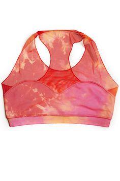 20 Sports Bras We'd Wear As Crop Tops  #refinery29  http://www.refinery29.com/sports-bras#slide17