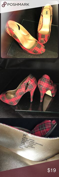 """SEXY Mossimo Red Plaid Stiletto Heels 8.5 Women's Mossimo Plaid Stilettos/Heels Size 81/2 •like new, lightly use, no signs of wear, excellent used condition •Great for outdoors and indoor events •Red/Black Plaid Style •High Heel Stilettos 4.6 inches tall •Retail Value:$44.95 Measurements: US Size 8.5 Heel Height 4.6"""" Pumps/Stilletos All Man-Made Material Made In China Gorgeous pair of shoes. No major signs of wear, lightly used, good as new. Clean, stylish, and SEXY fashionable…"""